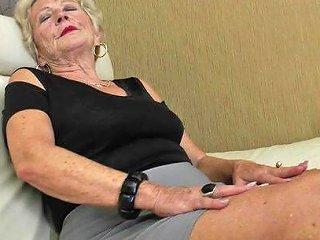 TubeDupe Porno - 9654 Sexy Grandma Gets Her Beaver Wet