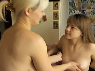 RedTube Porno - Two Lesbians In Kimonos Decide To Make Love 124 Redtube Free Teens Porn