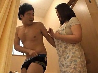 BravoTube Porno - Japanese Housewife With Unbelievable Curves Gladly Sucks His Cock