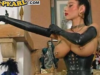 SunPorno Porno - O Pearl Latex 1 Sunporno Uncensored