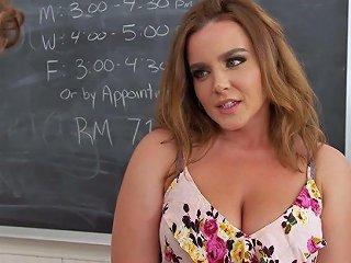 XCafe Porno - Giant Boobies Of Natasha Nice Are Definitely Made For Titjob