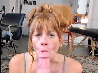 DrTuber Porno - Blonde Amateur Gives Pov Blowjob Outdoors Drtuber
