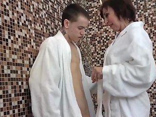SpankWire Porno - Slutty Granny Seduces Innocent Young Man Into Shower Sex