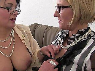 GotPorn Porno - Zwei Deutschen Reifen Gefickt Und Ins Gesicht