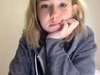 DrTuber Porno - Hairy Teen Fingering Drtuber