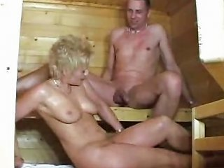 XHamster Porno - Maturelady In Der Sauna Free Natural Tits Porn Video 77